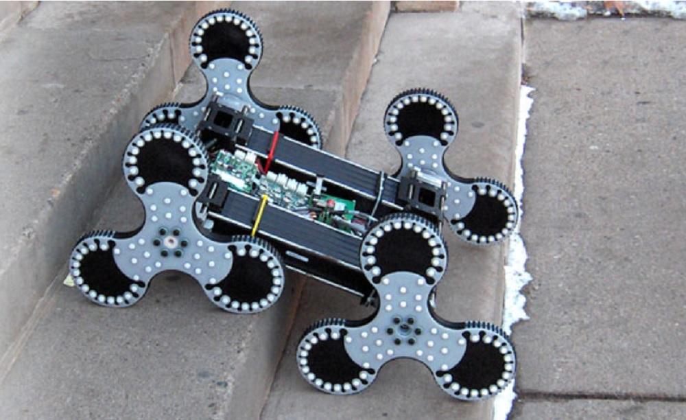 Des conseils pour bien créer un robot informatique en classe